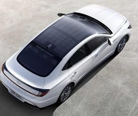 Huyndai bất ngờ hé lộ về 2 mẫu xe chạy năng lượng mặt trời