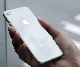 iPhone 8 giảm giá chỉ còn 5,4 triệu đồng nhân dịp 8-3