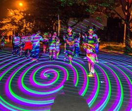 Prisma 2017 - Đường chạy đêm cùng sắc màu