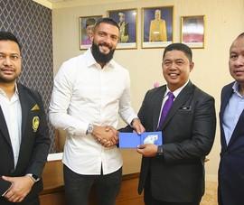 Tuyển Malaysia cảnh báo cầu thủ nhập tịch