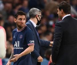 Messi bất mãn quyết định thay người của Pochettino