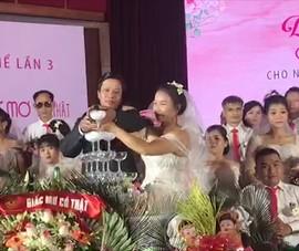 Video: Tổ chức đám cưới tập thể cho 46 cặp đôi khuyết tật