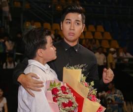 MC Nguyên Khang đọc nhầm giải tại The Voice Kids gây dư luận