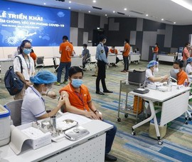 TP.HCM: 500 người khởi động chiến dịch tiêm chủng lớn nhất lịch sử