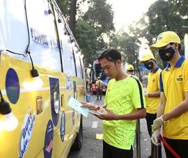 'Xe bus khẩu trang' phát 100.000 chiếc miễn phí tại TP.HCM