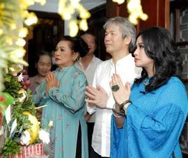 Ca sĩ Thanh Lam và bạn trai tổ chức lễ dạm ngõ giản dị