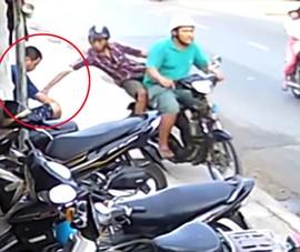 Công an tìm bị hại trong vụ cướp giật điện thoại ở Hóc Môn