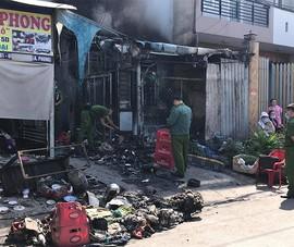 Cháy nhà trọ ở Bình Tân, 2 bà cháu bị bỏng