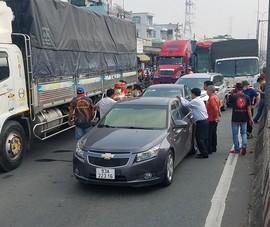 5 xe tông liên hoàn trên quốc lộ, nhiều người hoảng loạn