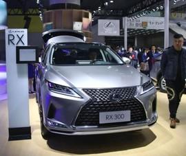 Toyota bị phạt hàng trăm tỉ đồng vì không chịu giảm giá xe
