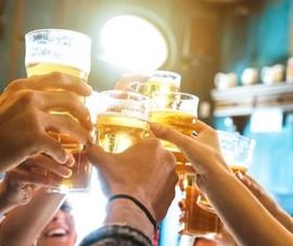 Bất chấp dịch, người Việt vẫn uống 4,4 tỉ lít bia năm 2020
