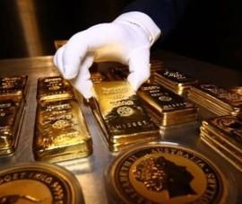 Giá vàng đang thấp nhất trong vòng 2,5 tháng qua