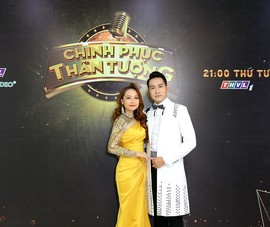 Nguyễn Phi Hùng, Vy Oanh và Việt Quang song ca với thí sinh