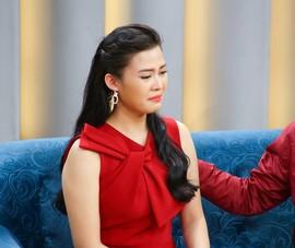 Vợ MC Tuấn Anh bật khóc vì những yêu cầu quá cao của chồng