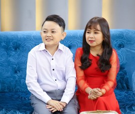 Ốc Thanh Vân ngỡ ngàng với những chia sẻ của cặp vợ chồng tí hon