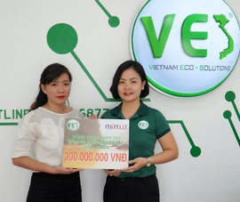 Công ty cổ phần VES hỗ trợ đồng bào miền Trung 300 triệu đồng