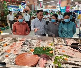 Dùng nước đá 'bẩn' để ướp hải sản có ảnh hưởng sức khỏe?