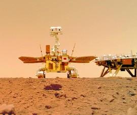 Video: Trung Quốc công bố hình ảnh mới trên sao Hỏa