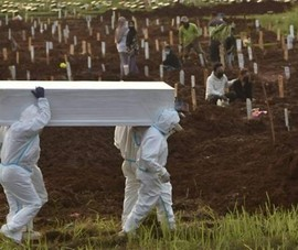 ĐNA: Số ca nhiễm mới và số người chết vì COVID-19 tiếp tục tăng cao
