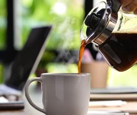 Uống cà phê mỗi ngày có thể làm giảm nguy cơ nhiễm COVID-19?