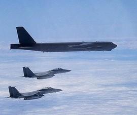 Mỹ triển khai máy bay ném bom B-52 đến khu vực Ấn Độ Dương-Thái Bình Dương