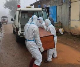 Nhiễm, chết ở Myanmar tăng cao, tình nguyện viên đi từng nhà thu thập thi thể