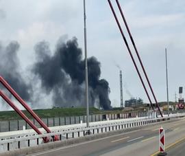 Video: Nổ trung tâm xử lý chất thải ở Đức, 2 người chết, 31 người bị thương