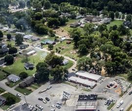Ít nhất 21 người chết và nhiều người mất tích trong trận lũ lịch sử ở Tennessee