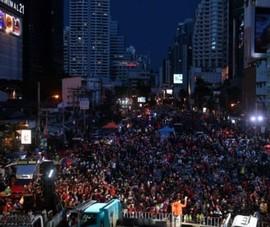Hàng nghìn người biểu tình ở Bangkok đòi Thủ tướng Thái Lan từ chức