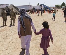 Mỹ công bố những hình ảnh đầu tiên về nơi tạm trú cho người tị nạn Afghanistan