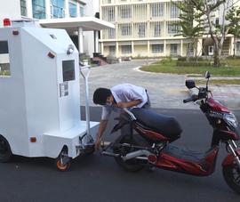 Video: Thầy giáo chế tạo cabin chở bệnh nhân COVID-19