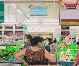 Trứng, rau muống, hành ...siêu đắt: Bà nội trợ thở dài, không dám mua