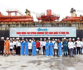 Cảng Quốc tế Vĩnh Tân đón chuyến tàu quốc tế đầu tiên