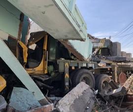 Bình Thuận: Xe cẩu tông sập 2 nhà dân cạnh quốc lộ 1