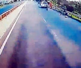 Truy ô tô cán chết người trên QL1A ở Bình Thuận rồi bỏ trốn