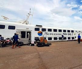 Thanh tra giao thông làm việc với nhà xe chở người từ vùng dịch về Bình Thuận