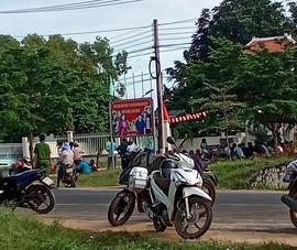 Bị công ty cho nghỉ việc, 65 người định về Nghệ An bằng xe máy