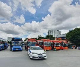 Ấm áp chuyến xe đưa 3 người dương tính từ TP.HCM về Bình Thuận
