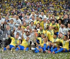 Jesus bị đuổi, Brazil nhọc nhằn hạ Peru vô địch Copa America