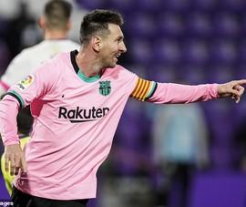 Messi rao bán đôi giày kỷ lục