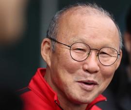 HLV Park Hang-seo nói tuyển Trung Quốc chỉ trụ được 30 phút, fan nổi giận