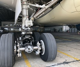 Tăng cường bảo dưỡng máy bay nằm sân lâu ngày do dịch