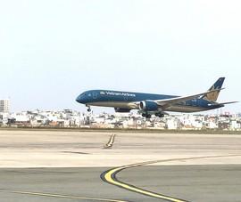 Kiến nghị tiếp tục giảm 50% giá dịch vụ hạ, cất cánh máy bay