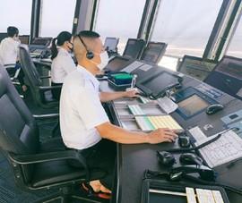 Sản lượng điều hành bay sụt giảm dù giữa cao điểm du lịch hè
