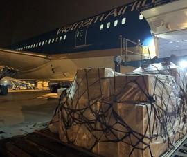 Vận chuyển 800 máy thở từ Hà Nội vào TP.HCM chống dịch