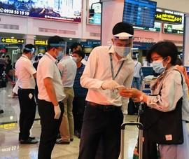 Chuyến bay từ TP.HCM đi Hà Nội bị hủy do thiếu chỗ cách ly  