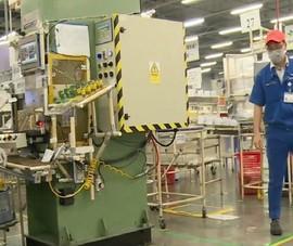 Quyết tâm giữ đơn hàng, doanh nghiệp đề xuất tăng thêm công nhân
