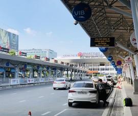 Cho phép tối đa 4 người trên 1 xe ra sân bay để đi nước ngoài
