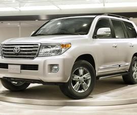Hai mẫu Toyota tiếp tục lọt top ô tô 'ế ẩm' của tháng