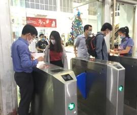 Ga Sài Gòn hối hả tiễn hành khách nghỉ Tết Dương lịch